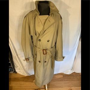 Jackets & Blazers - Vintage trench with nova check lining. R36